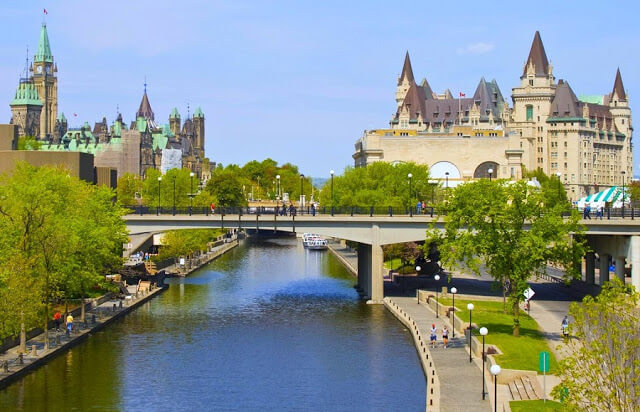 Centrevile em Ottawa