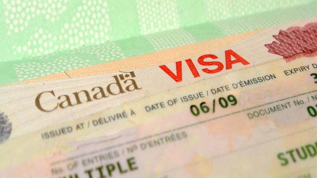 Como tirar o visto de turismo para o Canadá