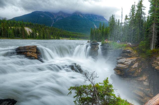 Cachoeiras do Parque Nacional de Jasper