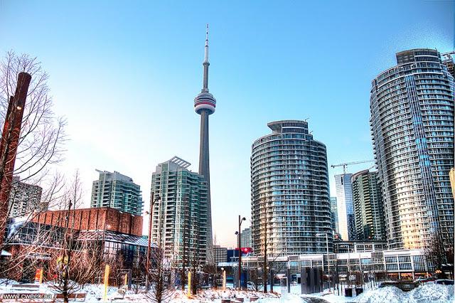 CN Tower em Toronto durante o inverno