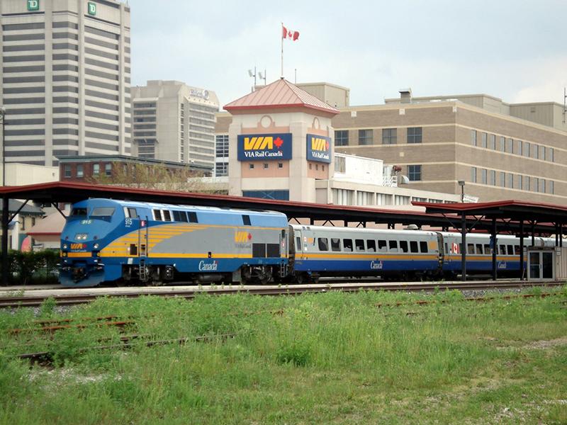 Companhia VIA Rail de trem no Canadá