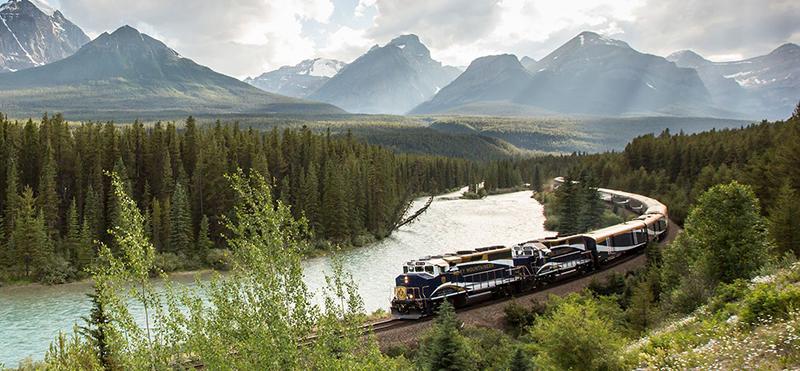 Luxuosos trens da Rocky Mountaineer no Canadá