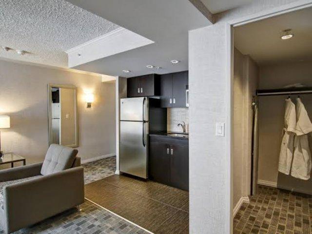 Hotéis Bons e Baratos em Toronto