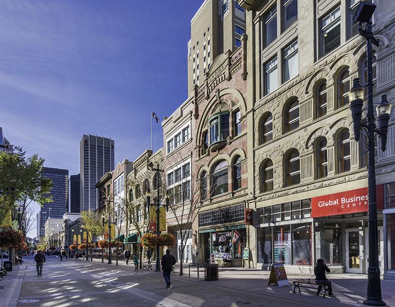 Ruas típicas de Calgary Downtown