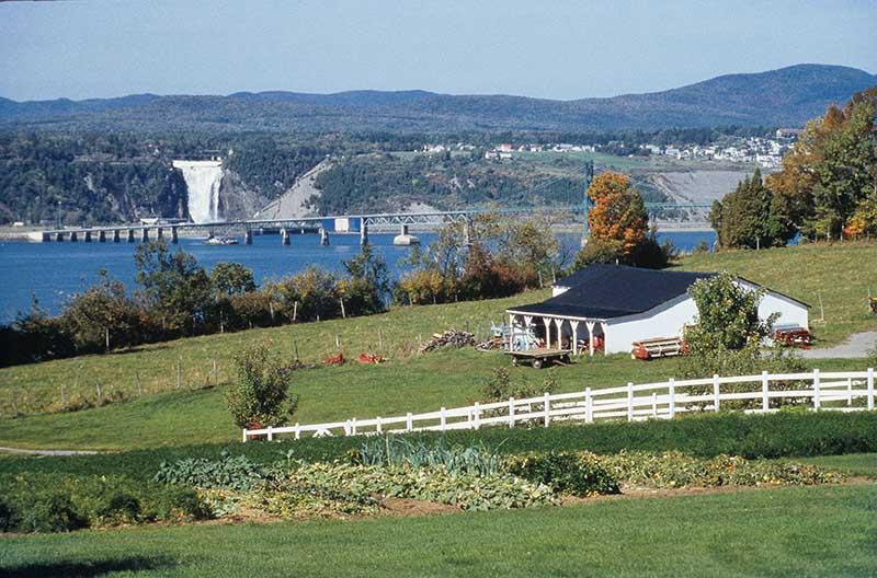Vista da Ilha de Orleans em Quebec