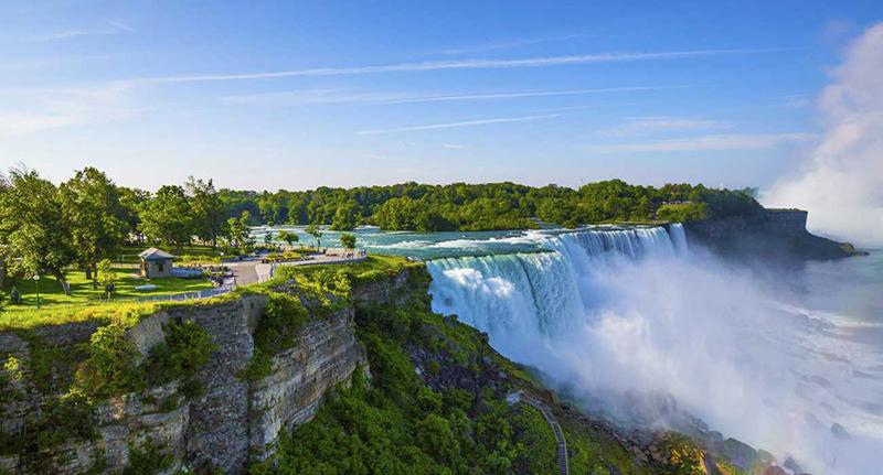 Beleza das cataratas em Niagara Falls