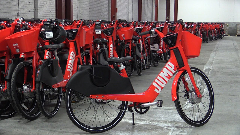 Pátio de bicicletas elétricas em Montreal