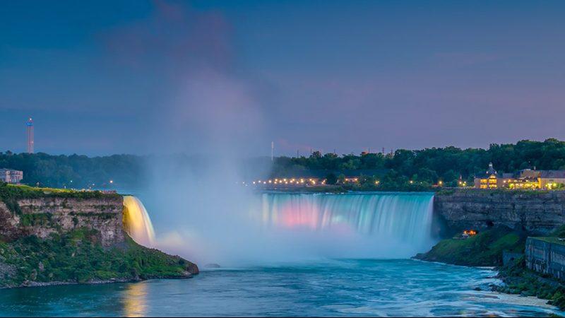 Como levar dólares canadenses para Niagara Falls
