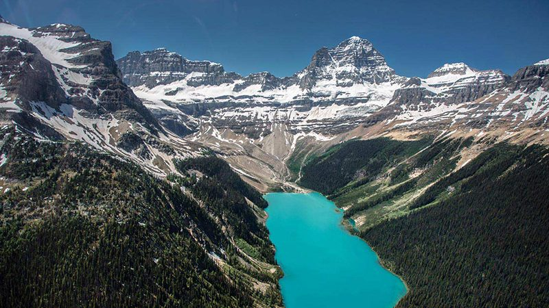 Passeio de helicóptero nas Montanhas Rochosas Canadenses