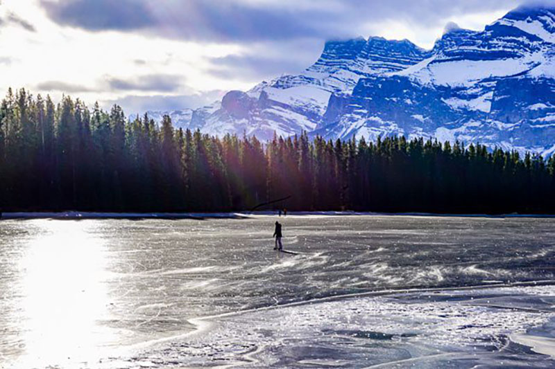 Patinação no inverno em Banff