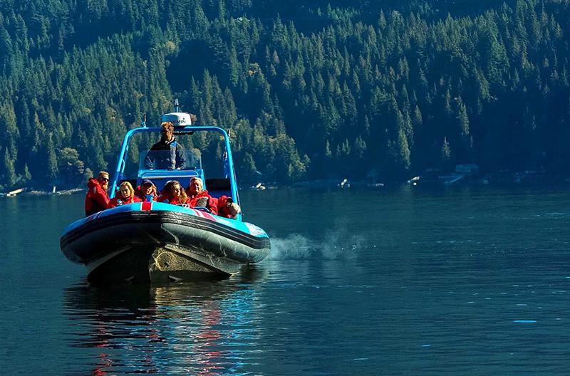 Beleza da excursão de barco em Vancouver